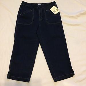 Liz Claiborne dark blue denim crop jeans size 10